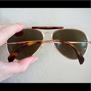 CÉLINE Paris Aviator Sunglasses. Gold/Brown